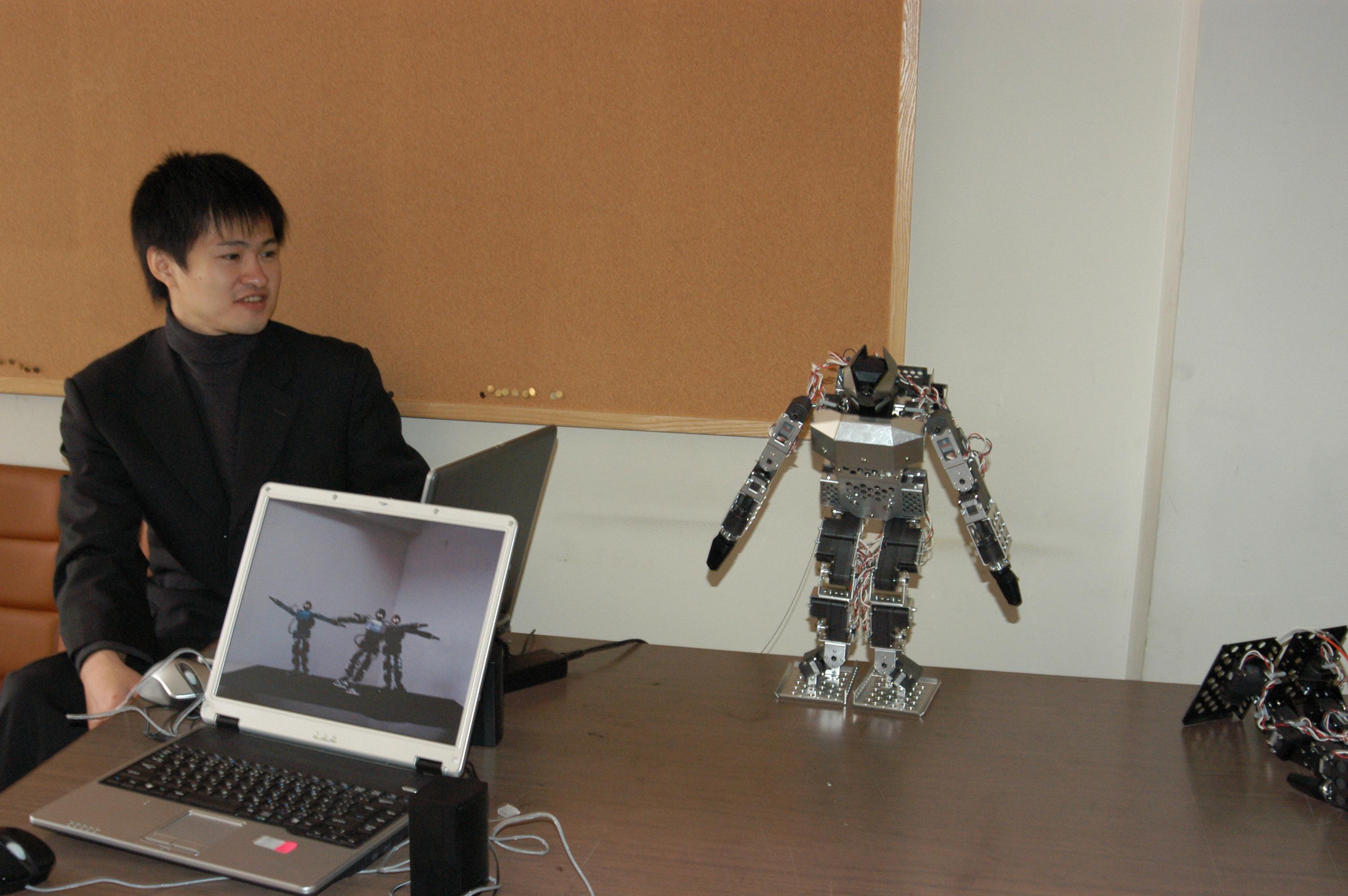 robotsoccer0028.jpg